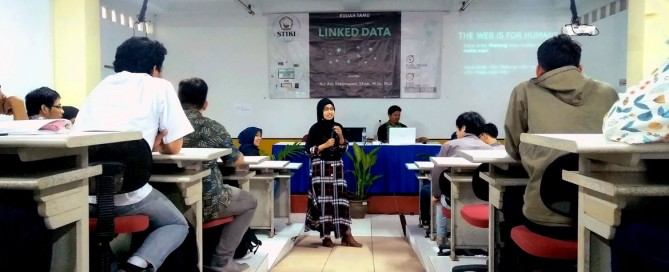 STIKI Gelar Kuliah Tamu Linked Data