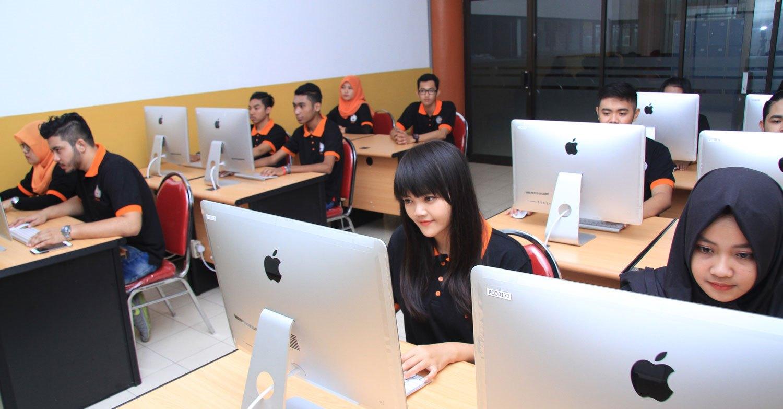 Kampus Sistem Informasi di Malang